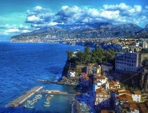 Una foto della penisola sorrentina per correggere il Piano per il Sud del governo
