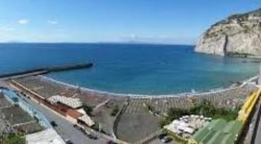 Lidi balneari, proroga concessioni fino al 2033 mentre in costiera sorrentina partono i lavori