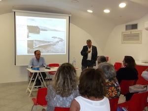 """A Piano la presentazione del libro di Enzo De Pasquale """"Barche e gozzi sorrentini"""""""