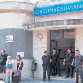 """Misure contro """"portoghesi"""" e delinquenti alla stazione di Meta"""