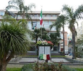 I consiglieri devolvono il gettone di presenza al monumento per i carabinieri