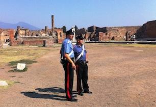 Pompei, turista francese arrestato perché sorpreso a rubare reperti dagli scavi