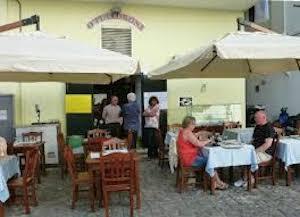 """Il Comune sospende l'attività di somministrazione al ristorante """"O' Puledrone"""" di Marina Grande"""