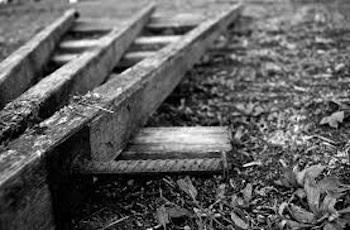 Tragedia ad Amalfi, 70enne cade dalla scala in giardino e muore