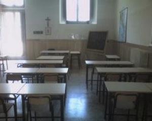 Cadono calcinacci, chiusa la scuola materna dei Colli di Fontanelle