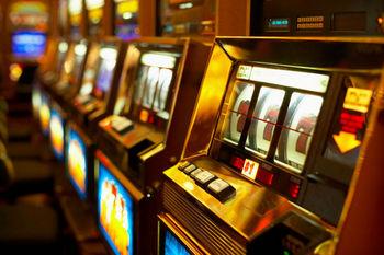Lotta al gioco d'azzardo: sconti Imu ai negozi senza slot