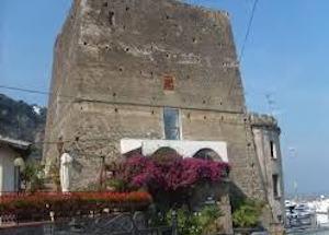 torre-del-saracino