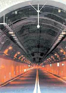 Traffico caos in città dopo l'apertura del maxi-tunnel, il sindaco scrive all'Anas