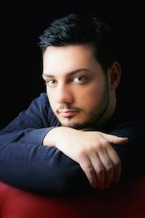 Il giovane tenore Vincenzo Costanzo a Sorrento per un omaggio a Caruso