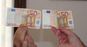 Spaccio di soldi falsi in costiera sorrentina, arrestata 57enne