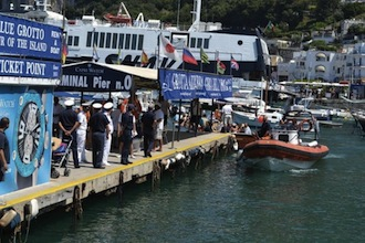 Nuovo blitz della guardia costiera nel porto di Capri