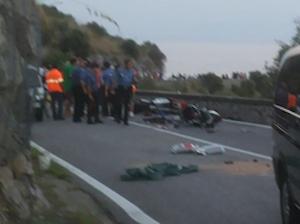 Disposta l'autopsia per i due giovani morti nell'incidente sull'Amalfitana