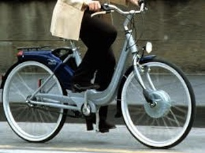 Bici elettriche non a norma a Sorrento, primi sequestri e multe