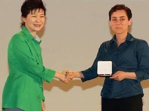 """Il """"Nobel"""" della matematica per la prima volta ad una donna"""