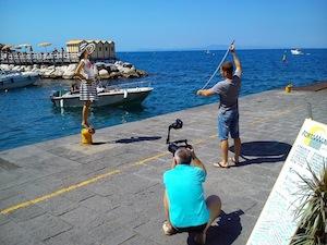 Il borgo di Marina Grande si trasforma in set fotografico