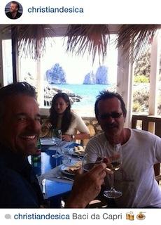 Ferragosto di relax a Capri per la coppia De Sica e Papaleo