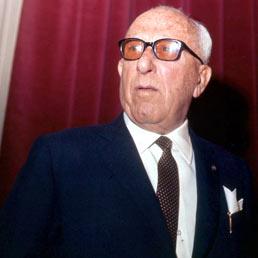 Piano di Sorrento ricorda Achille Lauro: a via Casa Rosa una lapide in suo onore