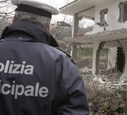 Abusi edilizi, 16 persone denunciate a Sorrento