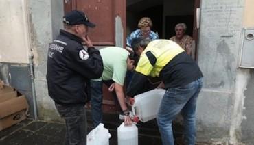 Si rompe un tubo dell'acqua: Piano a secco, la rabbia dei cittadini
