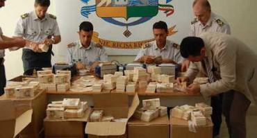 Sequestro record nel napoletano: 17 milioni di euro falsi