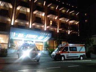 Malore in hotel, turista soccorso nella notte