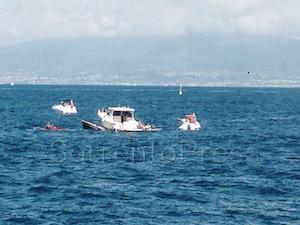 Collisione in mare al largo della Punta del Capo: affonda un'imbarcazione -Foto&video-