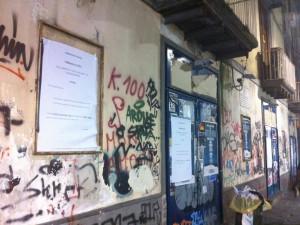 """Chiude la libreria """"Guida"""" di Port'Alba: mercoledì la vendita dei libri"""
