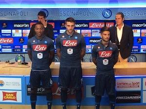 La nuova maglia del Napoli è in stile jeans
