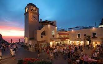 In Piazzetta senza mascherina, fioccano le multe a Capri