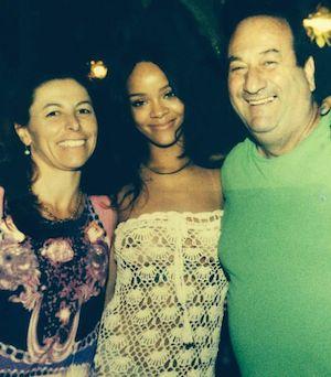 """Rihanna a Capri, ecco le foto della cena al ristorante """"Da Paolino"""""""