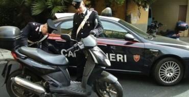 Ruba scooter a Piano di Sorrento e fugge, ma viene arrestato