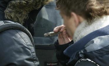 Sorrento, cinque minorenni sorpresi a fumare hashish: un denunciato