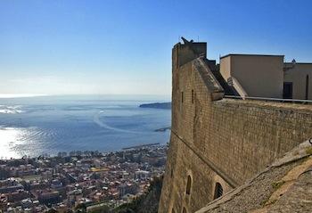I tesori e le residenze antiche di Napoli sotto la tutela dell'Unesco