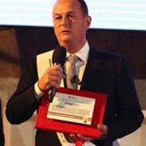 Il sindaco Cuomo riceve il Premio Città di Partenope
