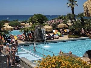 """Scarichi in mare: a Ischia sequestrate le piscine del complesso i """"Giardini Poseidon Terme"""""""