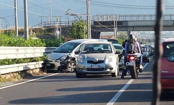 Incidente all'altezza di Castellammare: cinque auto coinvolte