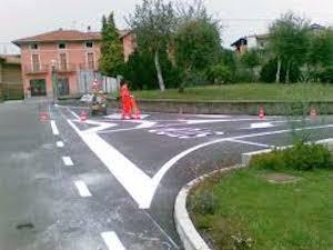 """Segnaletica sbagliata sul corso Italia, il Comune: """"Bisogna rifarla"""""""
