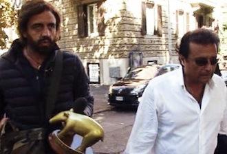 """Il """"tapiro d'oro"""" di Striscia la Notizia a Francesco Schettino"""