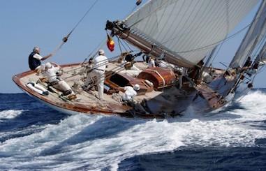Il giro del mondo in barca a vela parte dal porto di Sorrento