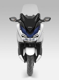 L'Honda lancia il nuovo Forza 125: un misto di design e potenza