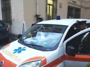 Auto medica tampona i carabinieri: conducente di Vico sorpreso con 73 grammi di marijuana