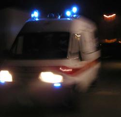 Incidente sul Nastro Verde, auto si ribalta e conducente ferita
