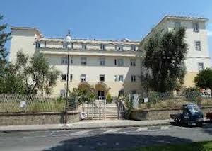 Medici trasferiti a Gragnano, proteste dei sindaci della penisola