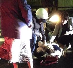 Dimessa l'anziana investita ieri: gamba fratturata e tanta paura