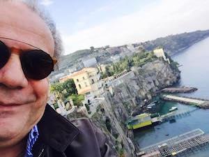Selfie vip a Sorrento: ecco Jerry Calà