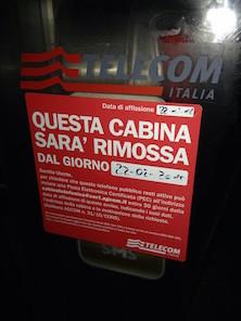 Cabine telefoniche, salvarle per i turisti
