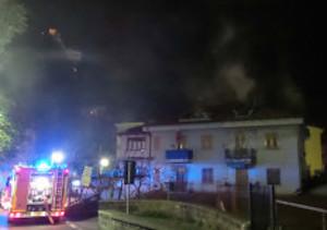 Paura per un incendio a Marina Grande