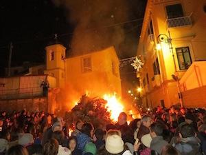 Folla ed entusiasmo per la tradizionale festa di Santa Lucia