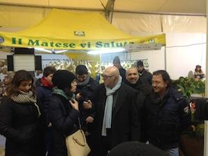 """""""Mi manda Rai Tre"""" al mercato della """"Terra del buono"""" di Sorrento"""