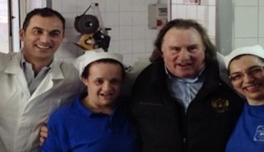 Gerard Depardieu a Gragnano per imparare i segreti della pasta